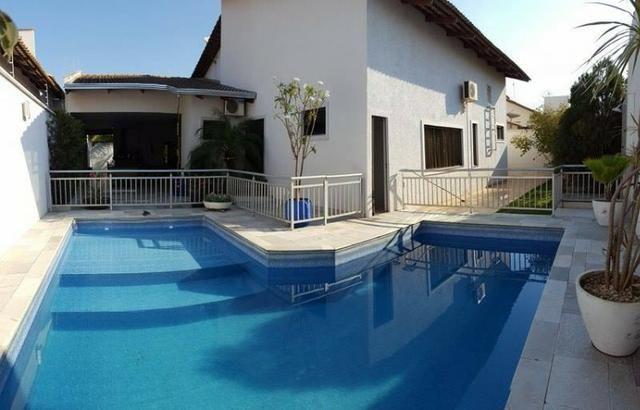 603 Sul - Casa 3 Suítes, 314 m², c/ armários e lazer