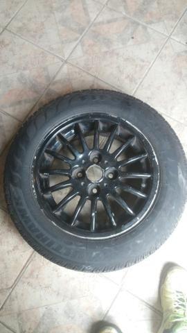 Aro 14 com pneus zeroo