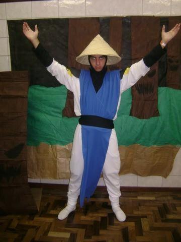Fantasia Cosplay Raiden (Mortal Kombat)