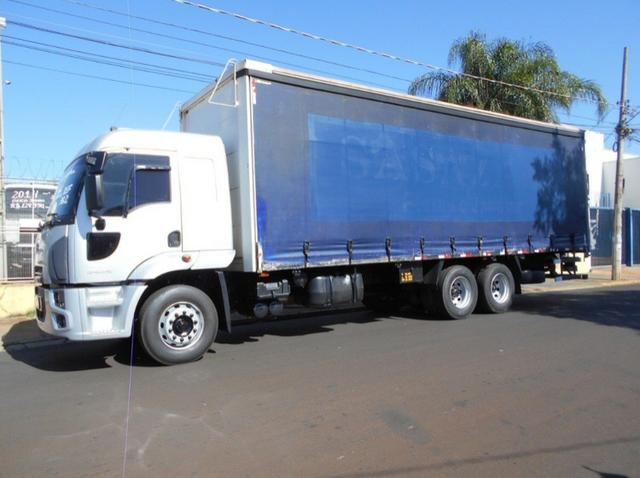 Ford Cargo 2429 6x2 R$146.300,00