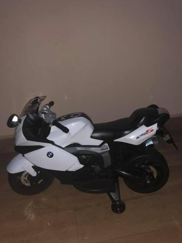 Vende-se Moto Elétrica BMW (pouco uso)