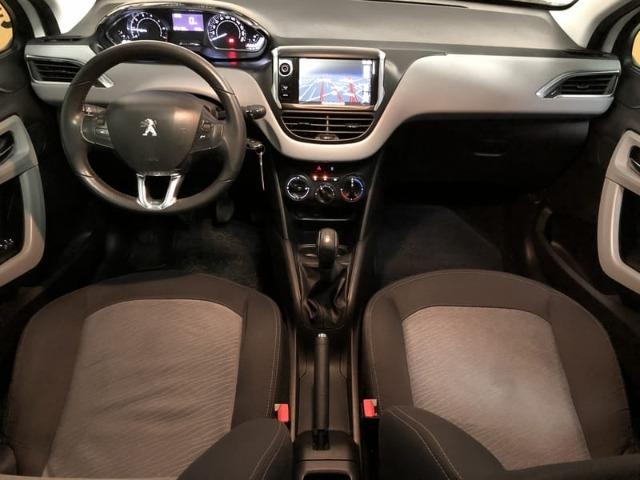 Peugeot 208 Allure 1.5 Flex Mecânico 2014 - Teto solar + GPS - - Foto 14