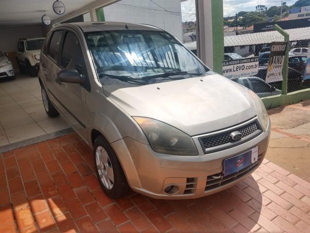 Ford Fiesta Hatch 1.0 Flex c/ Hidráulica *Apenas R$990,00 Entrada + 48x R$499,00 - Foto 2