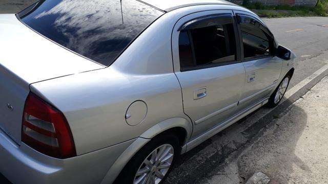 Astra sedan 2007 - Foto 4