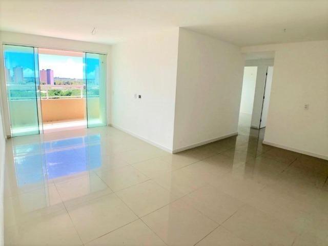 AP0645 Apartamento com 3 suítes e 3 vagas no Ed. Padre Joaquim Dourado - Foto 4