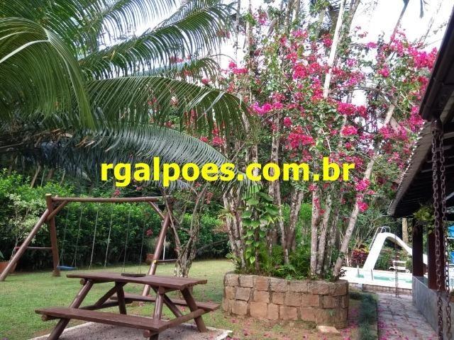 G 1423, Sítio de 2.000m² com piscina, churrasqueira próximo a Rio-Petrópolis - Foto 11