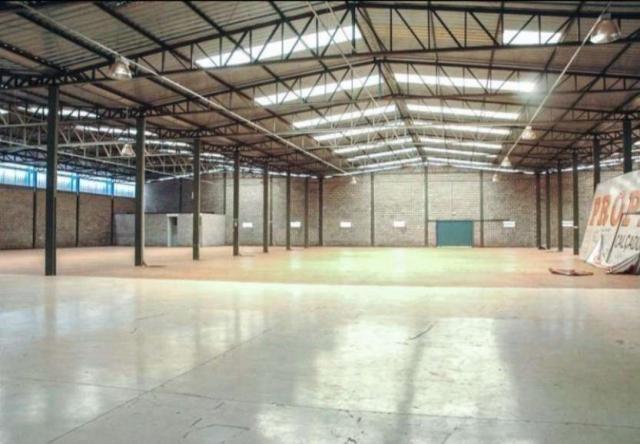 Galpão para alugar, 3.800 m² por R$ 60.000 Quadra QS 9 Rua 100 - Areal - Águas Claras/DF