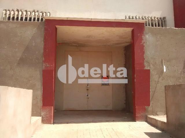 Galpão/depósito/armazém para alugar em Santa rosa, Uberlândia cod:551742