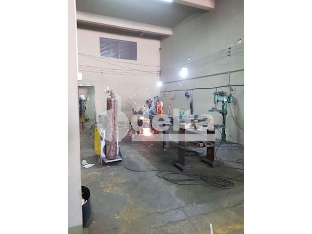 Galpão/depósito/armazém para alugar em Daniel fonseca, Uberlândia cod:571406 - Foto 4