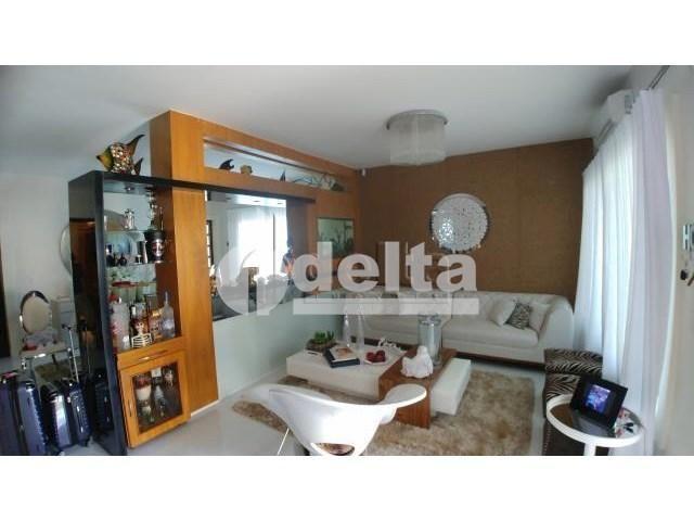 Casa à venda com 3 dormitórios em Cidade jardim, Uberlândia cod:31352