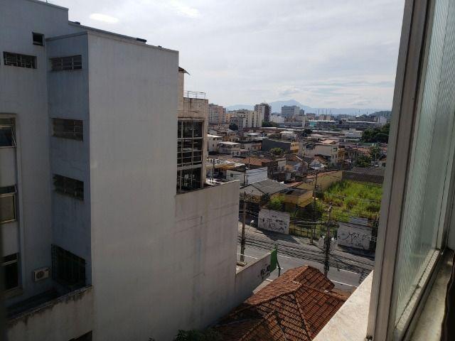 Apartamento 2 Quartos Elevador e Porteiro 24h Cascadura - Foto 18
