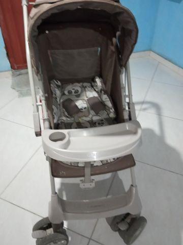 Vendo carrinho de bebê Galzerano - Foto 2