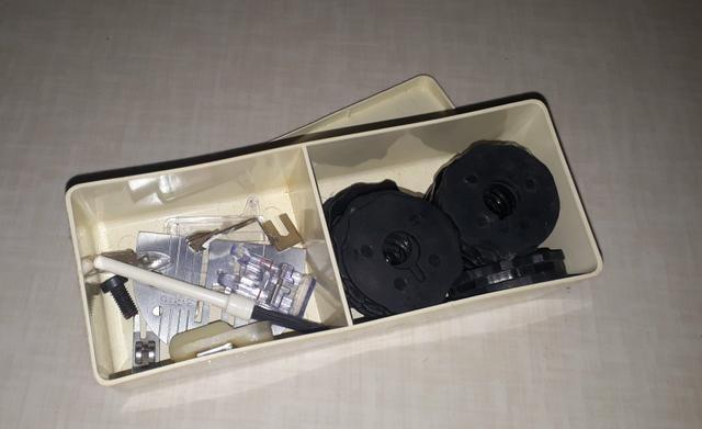Máquina de costura singer - Foto 2