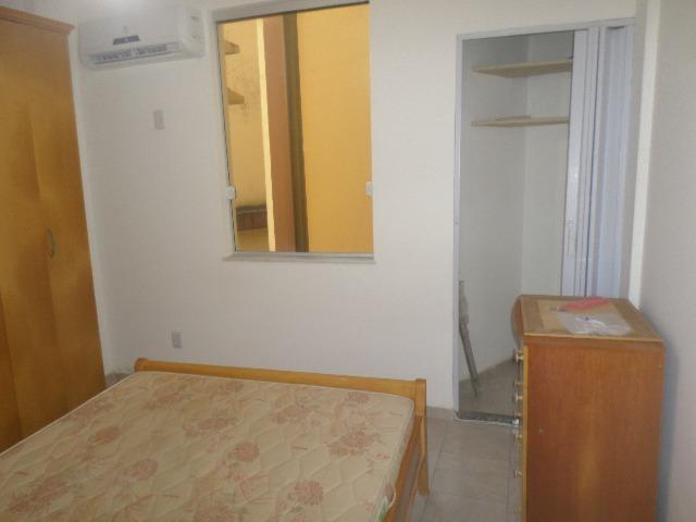 Ondina - Apartamento de quarto e sala com varanda de frente para a Avenida - Foto 15