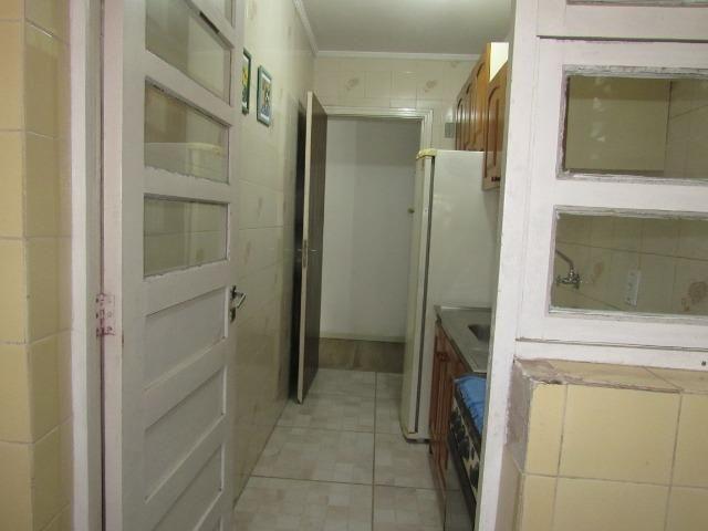 Apartamento central dois dormitórios - Foto 5