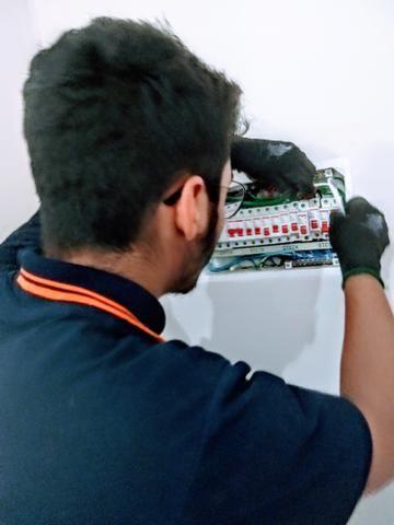 Eletricista de manutenção predial residência e comercial - Foto 2