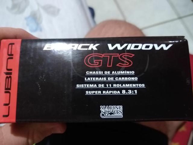 Carretilha lubina Black widow direita - Foto 5