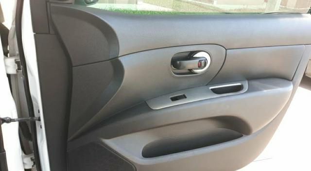 Nissan Livina x gear 1.8 - Foto 6