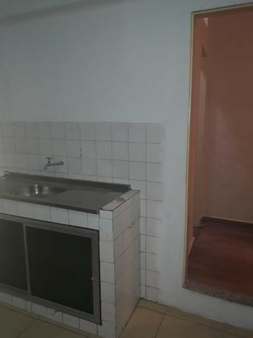 Alugo Casa em Correas - Foto 5