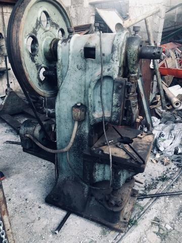 Prensa excêntrica 25 toneladas - Foto 3