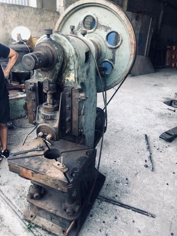 Prensa excêntrica 25 toneladas - Foto 2