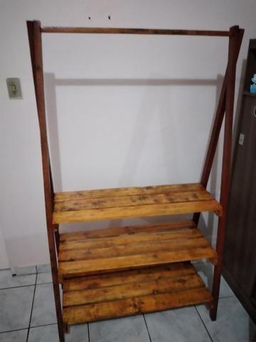Closet com sapateira em palete - Foto 5