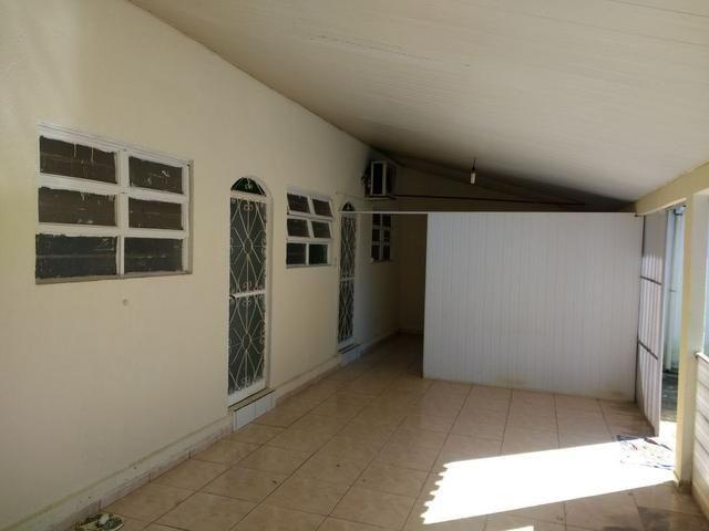 Lote 360 m2 com casa estilo barracão no fundo - Foto 5