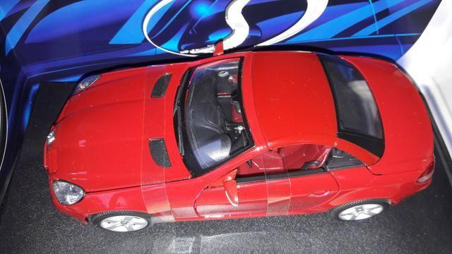 Maisto - Mercedes Benz SLK 230 - Escala 1:18 - Metal Collection Colecionadores