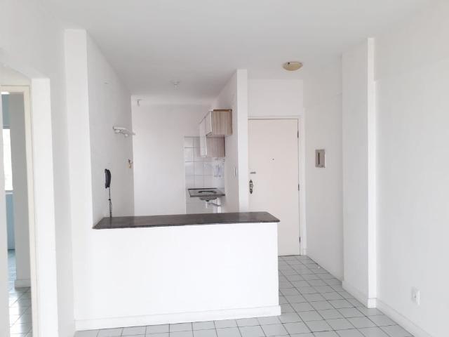 Apartamento de 2/4 com varanda com Vista Mar No Rio Vermelho - Foto 11