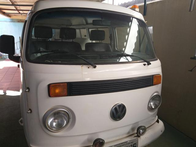 Vendo Vw Kombi top mega oportunidade