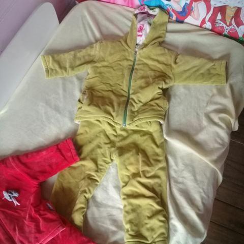 Abrigos quentes + roupas infantis - Foto 2