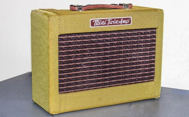 Amplificador Fender Twin Mini