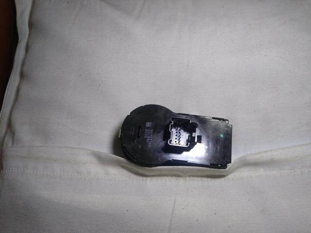 Botão do farol original s/milha s-10,Onix,Cobalt,spin,prisma - Foto 4