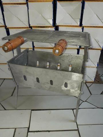 Churrasqueira de alumínio a partir de 125 reais