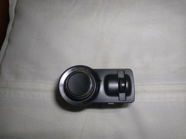 Botão do farol original s/milha s-10,Onix,Cobalt,spin,prisma - Foto 2