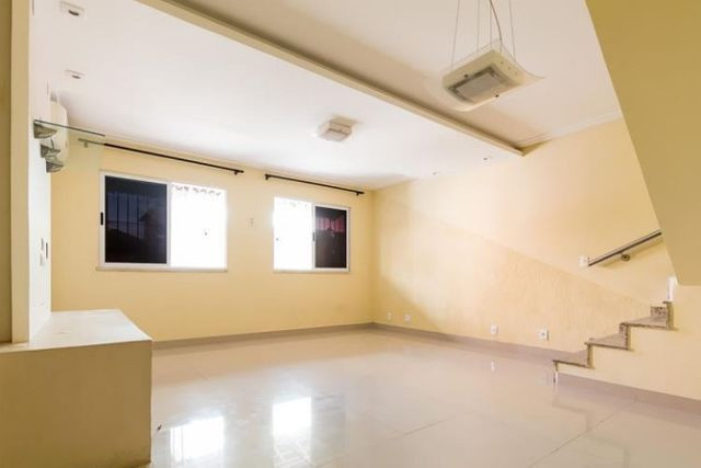 Pechincha com 3 quartos casa duplex na Rua Imutá - Foto 4