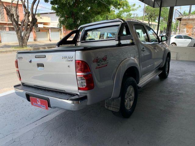 Toyota Hilux SRV 3.0 4x4 Diesel 2013 - Foto 7