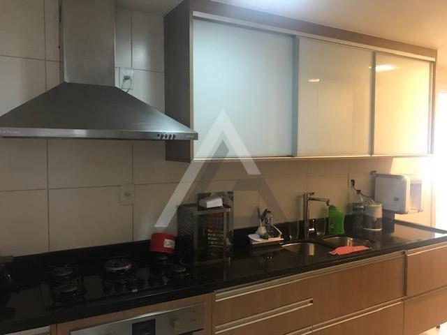 Apartamento mobiliado, nascente, andar alto 4 quartos em Patamares/Salvador-BA - Foto 8
