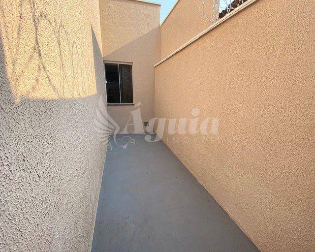 Casa ampla, com quintal e varanda gourmet, contendo 3 quartos no Jd. Novo Mundo, Goiânia. - Foto 14