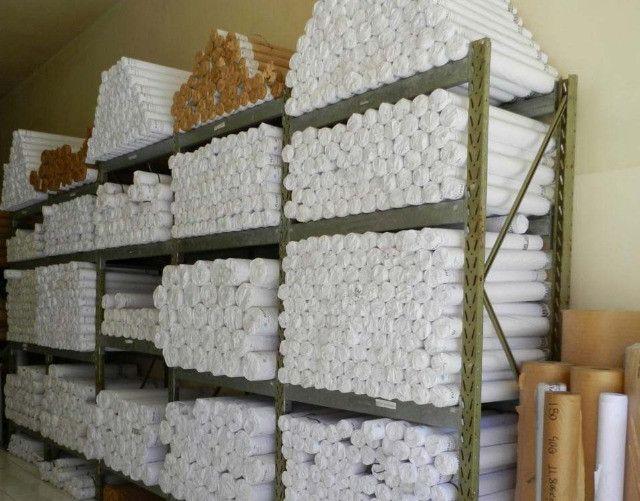 rolo de papel pra plotter 914 x 50 m 75 grs novo lacrado - Foto 2