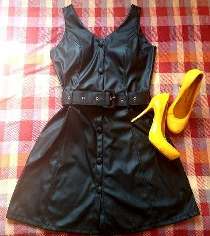 Vendo Vestido e Scarpins - Foto 2