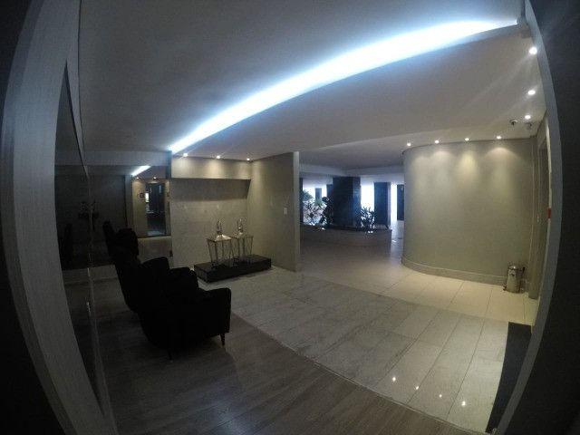 Apartamento 3 Quartos +DCE, Varanda, Completo de Armários - Ponta Verde - Foto 19