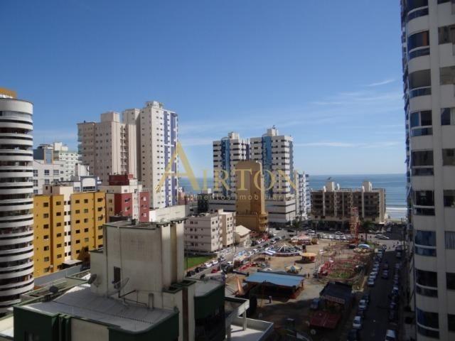 L4041 - Apto 04 Dormitórios sendo 02 Suítes, 02 Vagas, Ótima localização em Meia Praia - Foto 9