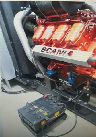 Usina de 5 geradores em paralelismo motor SCANIA