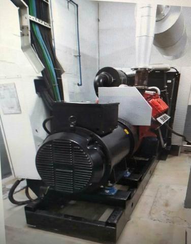 Usina de 5 geradores em paralelismo motor SCANIA - Foto 4