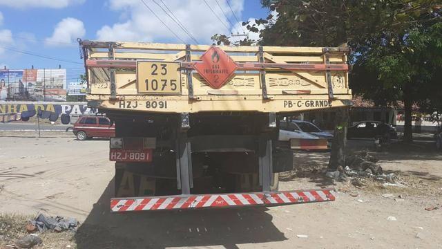 Vendo caminhão 1113 ano 83 - Foto 4