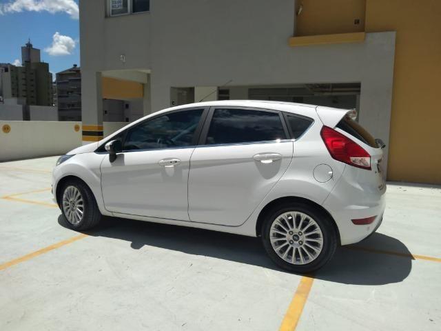 New Fiesta Titanium 1.6 2017 - Foto 9