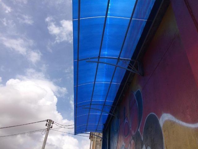 Policarbonato e telha galvanizada