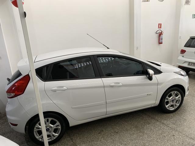 New Fiesta SE aut 2017 - Foto 2
