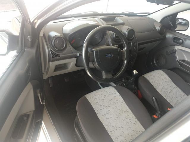 Ford Fiesta Hatch 1.0 Flex c/ Hidráulica *Apenas R$990,00 Entrada + 48x R$499,00 - Foto 7